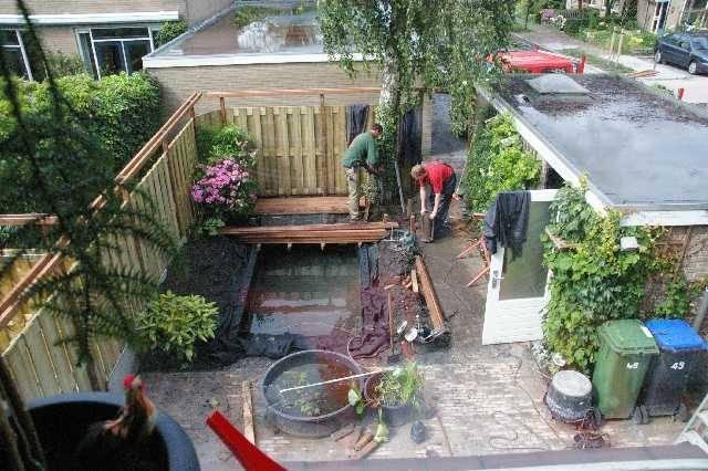 Tuin verbouwen en dus een grotere vijver for Zelf vijver bouwen